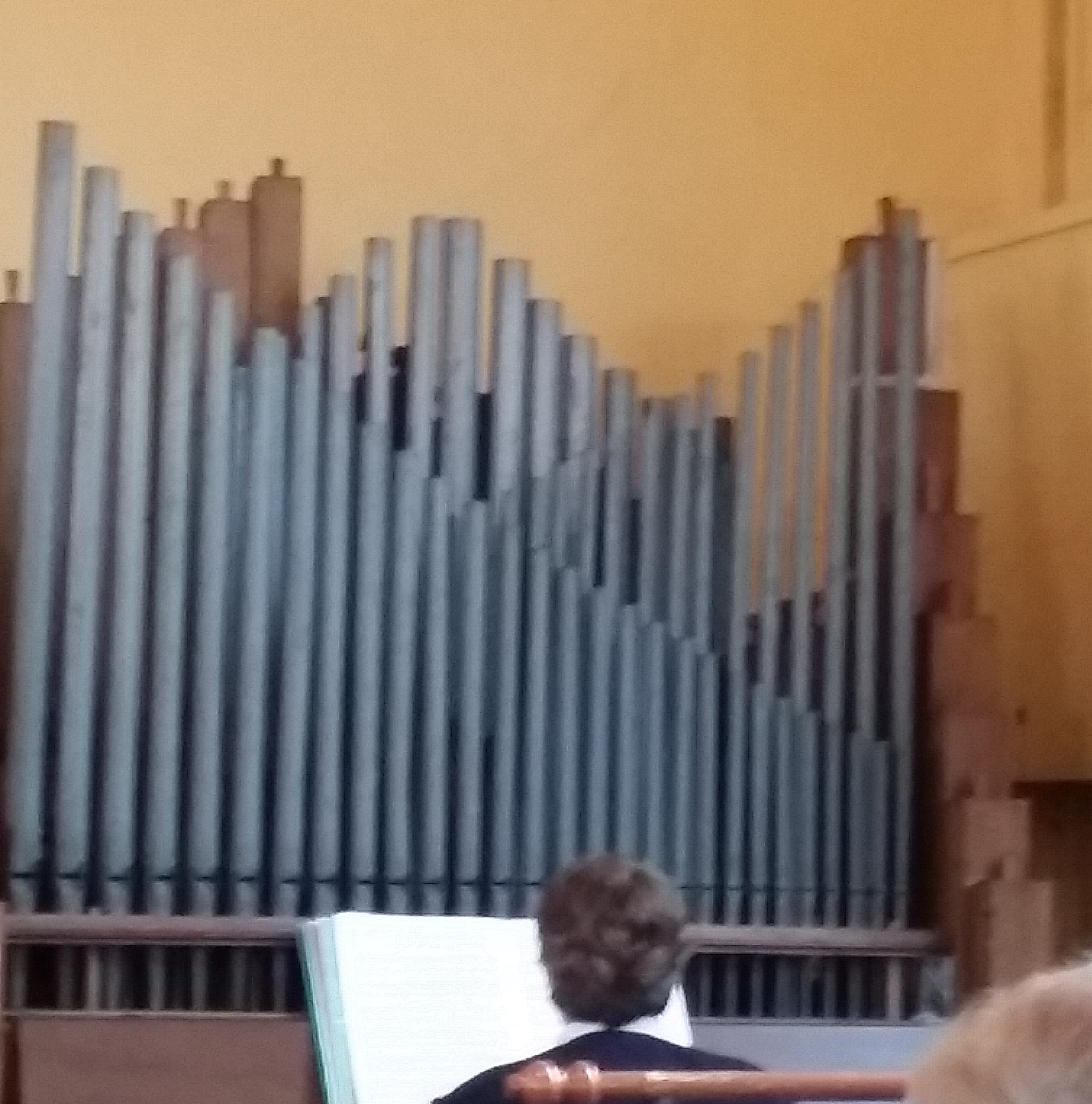 Pheasants hill church organ